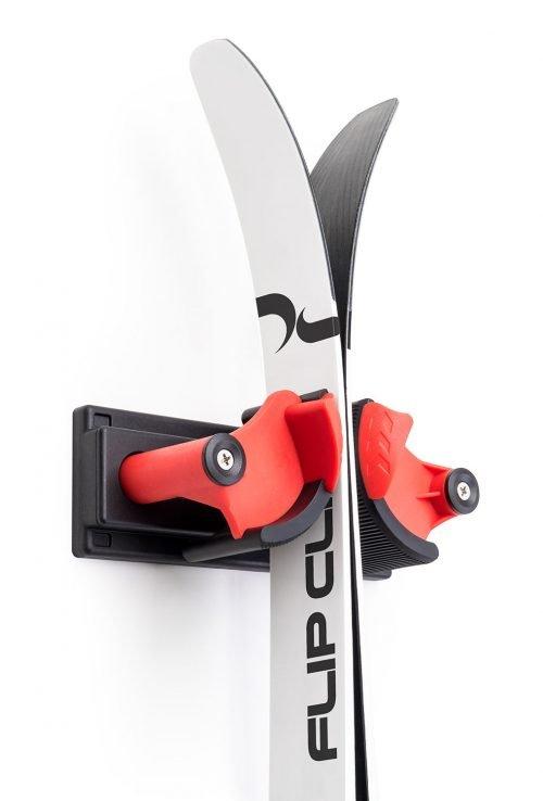 FlipClip der perfekte Skihalter für ein Paar Ski