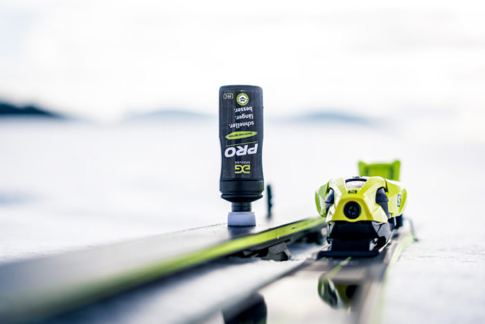 gigaglide_Pro für Alpinski -Skipräparieren - einfach mit Schwamm auftragen